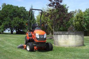 kioti-cs-series-compact-tractor