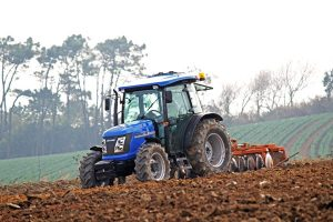solis-90-compact-tractor
