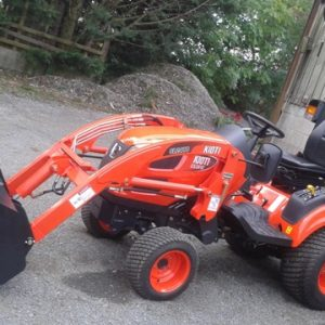kioti-cs2610-compact-tractor-and-loader